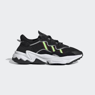 Zapatillas OZWEEGO core black/solar green/onix EE7772