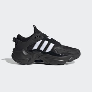 Magmur Runner Shoes Core Black / Cloud White / Grey Two EE5141