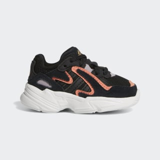 Chaussure Yung-96 Core Black / Core Black / Semi Coral EE7564