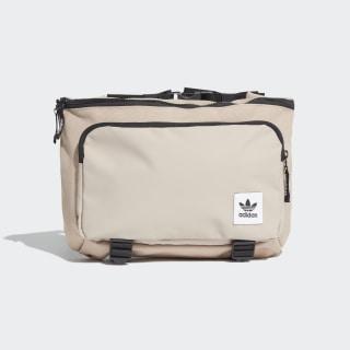 Riñonera Premium Essentials Grande Trace Khaki ED8048