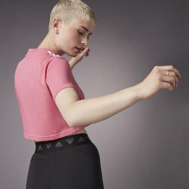 Women Running Pink Hyperglam Cropped Tee