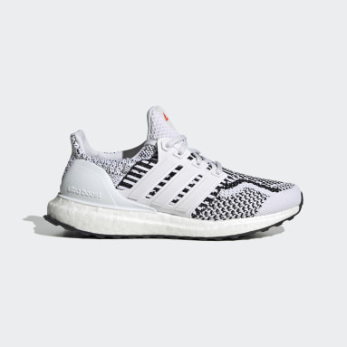 Youth 8-16 Years Running White Ultraboost 5.0 DNA Primeblue Boost Shoes
