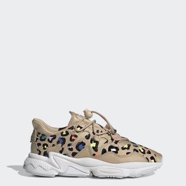 Women Originals Beige OZWEEGO Plus Shoes