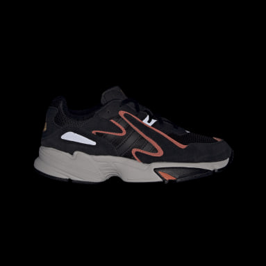 Youth Originals Black Yung-96 Chasm Shoes