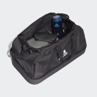 Futbal čierna Taška Tiro Primegreen Bottom Compartment Duffel Medium