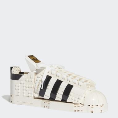 Tenis Superstar adidas x LEGO® Blanco Originals