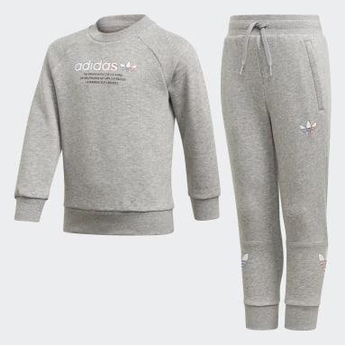 серый Комплект: свитшот и брюки Adicolor