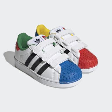 Çocuklar Originals Beyaz adidas Superstar x LEGO® Ayakkabı