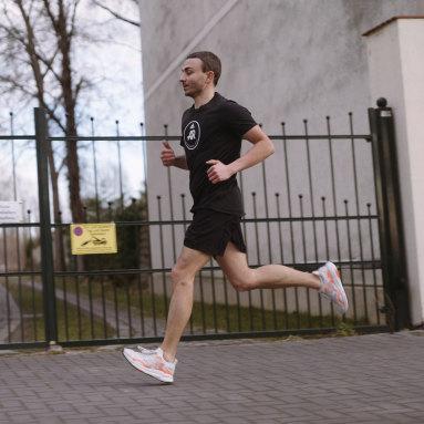 Men Running Grey SolarBoost 3 Shoes