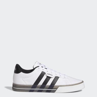 ผู้ชาย Sport Inspired สีขาว รองเท้า Daily 3.0