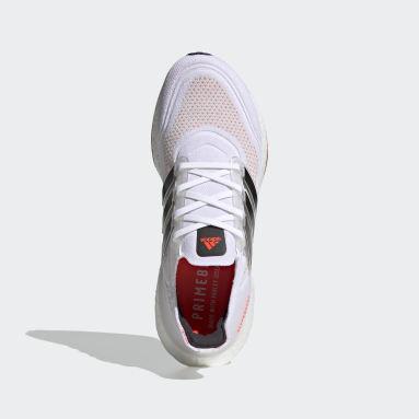 Men Running White Ultraboost 21 Shoes
