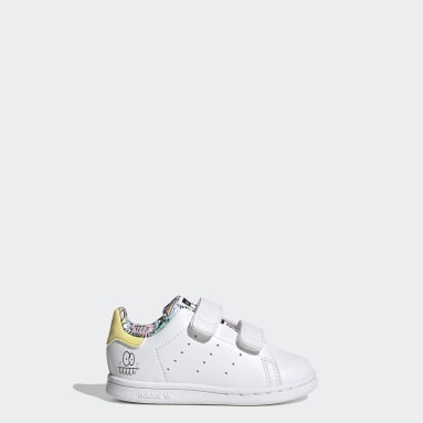 Infants Originals สีขาว รองเท้า adidas x Kevin Lyons Stan Smith