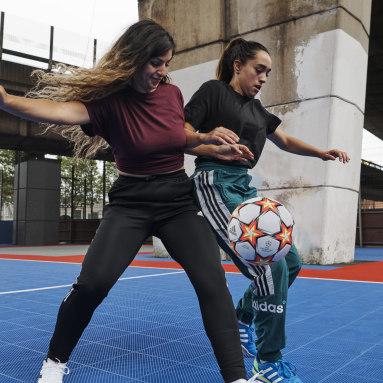 белый Футбольный мяч UCL Pro Pyrostorm