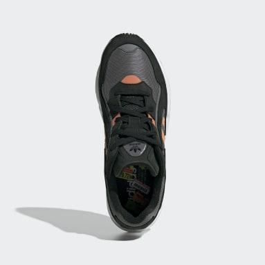 Women Originals Black Yung-96 Chasm Shoes