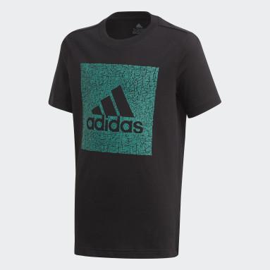 Camiseta Must Haves Badge of Sport Negro Niño Training