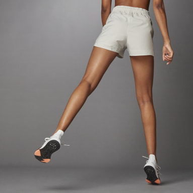 Women's Training Beige Elevated Woven Pacer Shorts