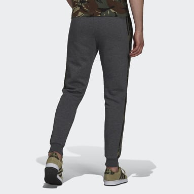 Men's Essentials Grey Essentials Fleece Camo-Print Pants