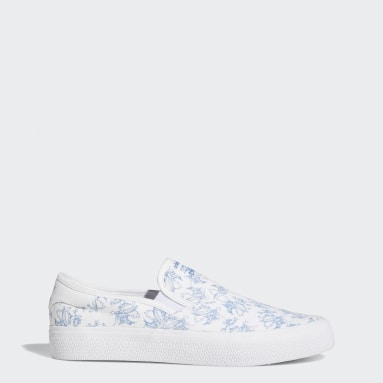 Men Originals White 3MC Slip x Disney Sport Goofy Shoes
