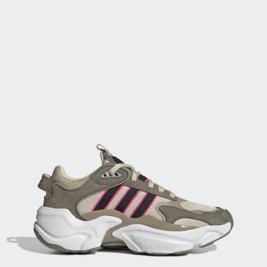 Women Originals Brown Magmur Runner Shoes