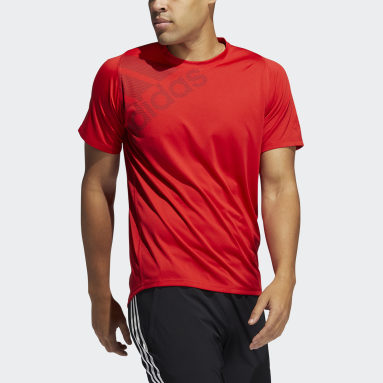 Men Gym & Training Red FreeLift Badge of Sport Graphic Tee