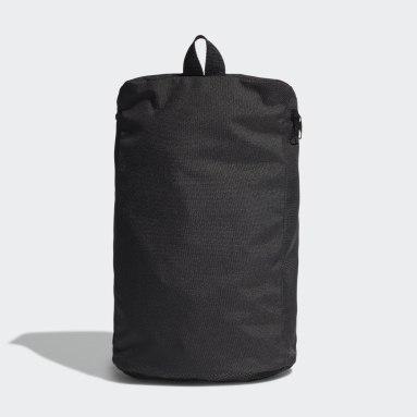 ไลฟ์สไตล์ สีดำ กระเป๋ารองเท้า Essentials Logo