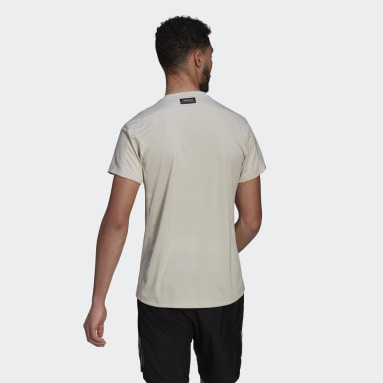 Men Running Beige Run for the Oceans Graphic Tee