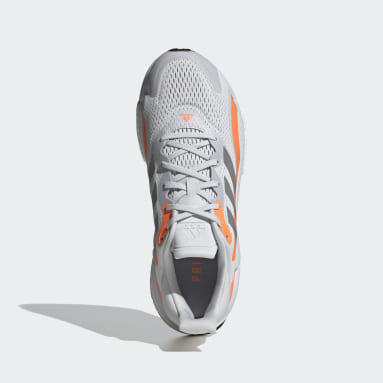 Men Running Grey SolarBoost 3 Shoes