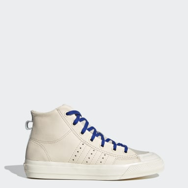 Zapatilla Nizza Hi RF Pharrell Williams Beige Mujer Originals