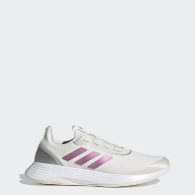 Women Running White QT Racer Sport Shoes