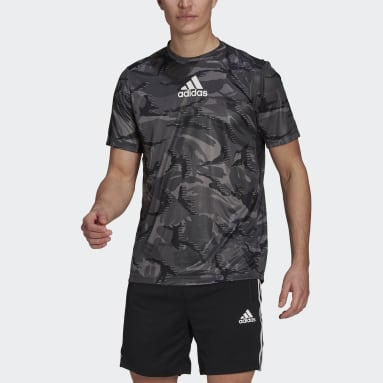 Men Gym & Training Grey adidas Designed To Move AEROREADY Camouflage Graphic T-Shirt