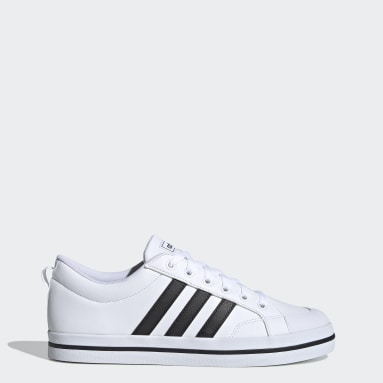 Men Skateboarding White Bravada Shoes