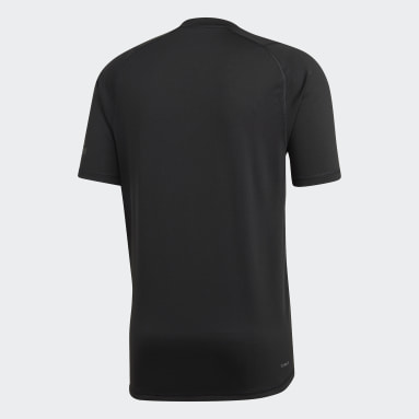 Men Yoga Black FreeLift Badge of Sport Graphic Tee