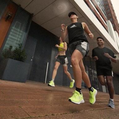 ผู้หญิง วิ่ง สีเหลือง รองเท้า Run Falcon 2.0