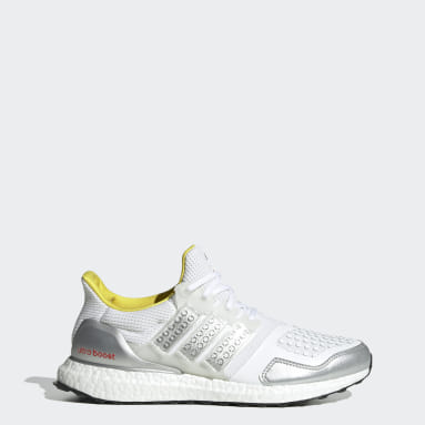 Men's Running White adidas Ultraboost DNA x LEGO® Plates Shoes