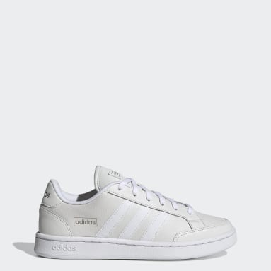 Women's Sport Inspired White Grand Court SE Shoes