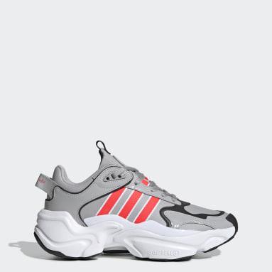Women Originals Grey Magmur Runner Shoes