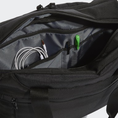 Training Black Stadium Messenger Bag