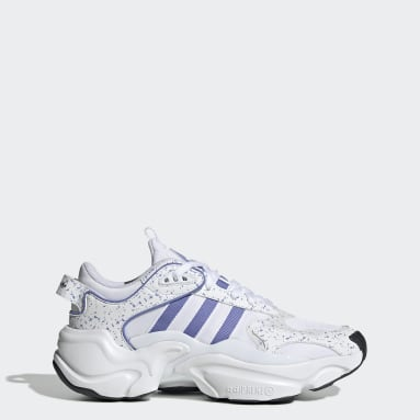 Women Originals White Magmur Runner Shoes