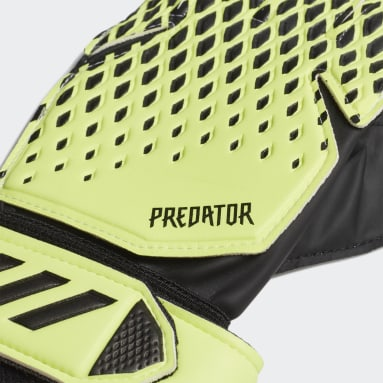Football Green Predator 20 Training Goalkeeper Gloves