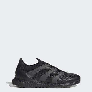 Men Soccer Black Predator Accelerator Shoes