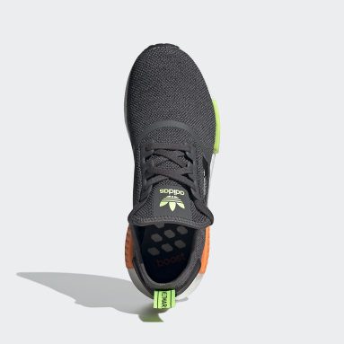 Erkek Originals Gri NMD_R1 Ayakkabı