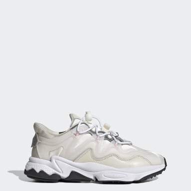 Women Originals White OZWEEGO Plus Shoes