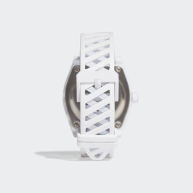 Originals Process_SP2 Uhr Weiß