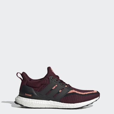 Running Ultraboost DNA x Manchester United Shoes