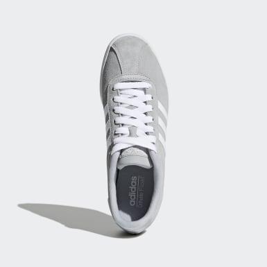 Chaussure Courtset gris Femmes Essentials
