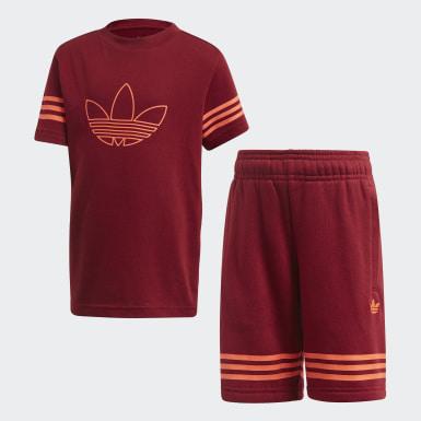 ชุดเสื้อยืดและกางเกงขาสั้น Outline
