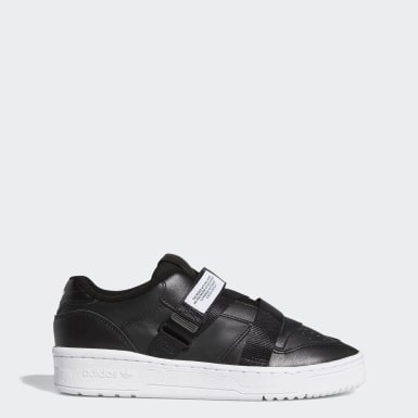 Tenis Rivalry Low Strap Negro Mujer Originals