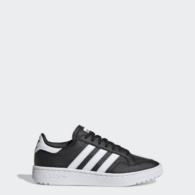 Team Court Shoes