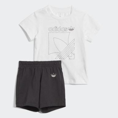 Conjunto Shorts y Remera  Badge (UNISEX) Blanco Niño Originals