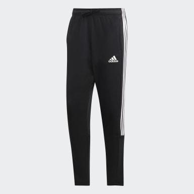 Muži Athletics čierna Tepláky Must Haves 3-Stripes Tiro